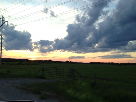 Picture of sky above farm land