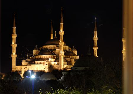 The blue mosque at night in istanbul Turkey. photo