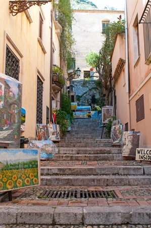 Taormina, Italy - May 1, 2011: Art corner at Corso Umberto in Taormina, Sicily, Italy Stock Photo - 9649359