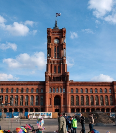 rote: BERLIN, GERMANY - April, 14: Berlin City Hall: Rote Rathaus on Alexanderplatz Editorial