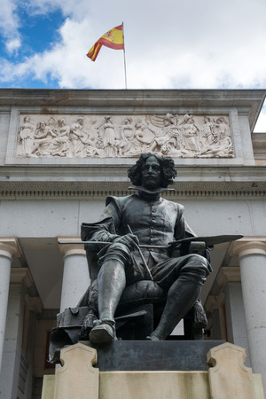 prada: Statue of Diego Rodriguez Velazquez at the front of Prada Museum in Madrid, Spain