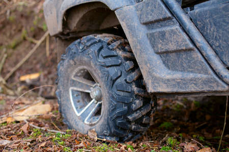 Close-up of a wheel. Extreme off-road driving 写真素材 - 165500259