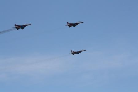 gimmick: Russia, Gelendzhik, Gidroaviasalon - 2012, Tree Aircrafts Mig-29 of Aerobatic team Swifts in flight