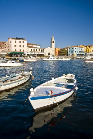chorwacja: Błękitnych wodach portu Fazana