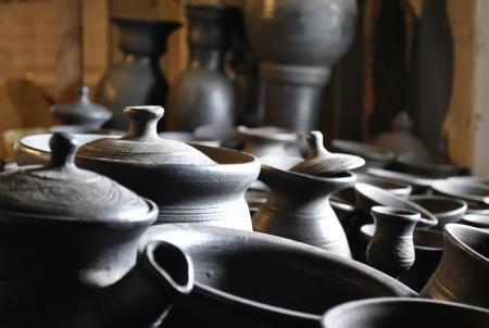 Geschirr aus Ton, handgemacht, T�pferei, Trocknen von Produkten