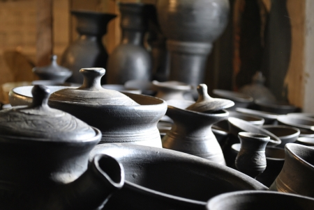 utensils of clay, handmade, pottery making, drying products