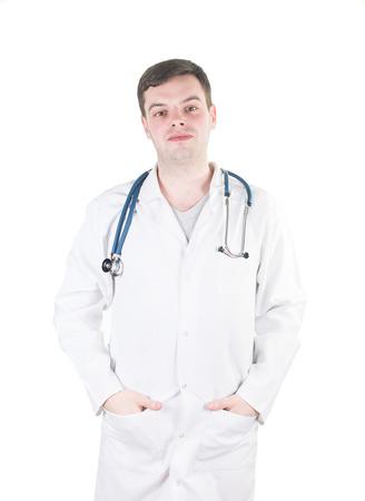 Retrato de um doutor maduro confi�vel que olha a c�mera isolada no fundo branco