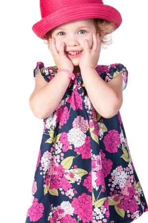 Schönes kleines Mädchen getrennt auf einem weißen Hintergrund Standard-Bild - 98408350