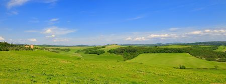 Summer Panorama of the countryside in Tuscany. Banco de Imagens