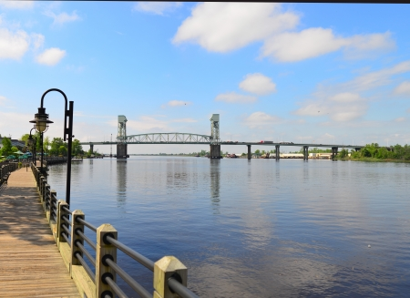 Memorial bridge crossing the Cape Fear river in Wilmington, North Carolina