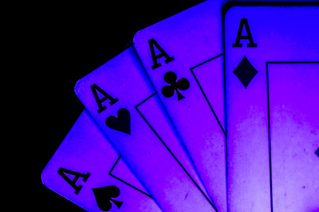 poker in-game deck