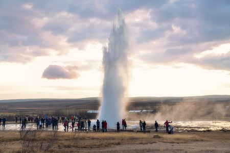 Geyser Splashing in Iceland Europe Redakční