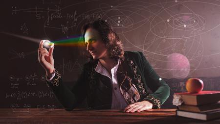 Histoire des sciences, concept. Isaac Newton et la physique. La science de la lumière, l'optique. Réfraction de la lumière et recherche scientifique en physique.