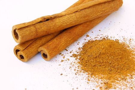 Cinnamon stick Stock Photo - 2661184