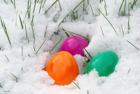 ei: easter eggs in snow