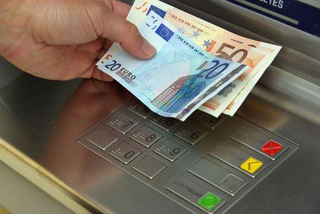 zahlen: Geldautomat - cash point 13