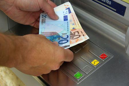 zahlen: Geldautomat - cash point 14