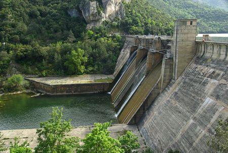 ebro: Rio de Ebro Embalse Sobr�n