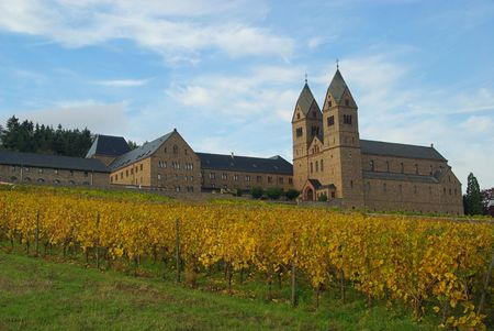 rudesheim: Ruedesheim Eibingen Abbey