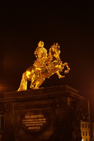 Dresden Golden Knight night photo