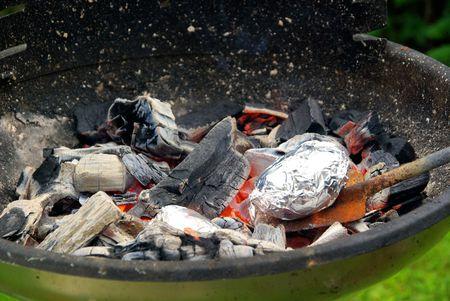 barbecue potato Stock Photo - 5328718