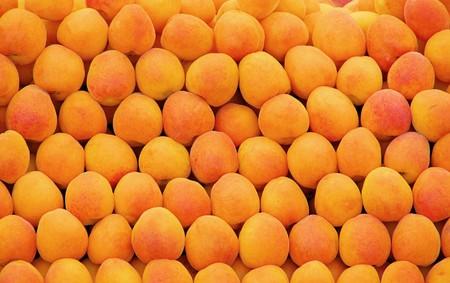 Abricots  Banque d'images - 6904400