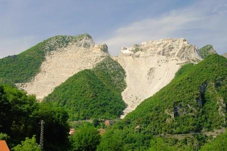 Carrara  marble stone pit Stock Photo - 7450653