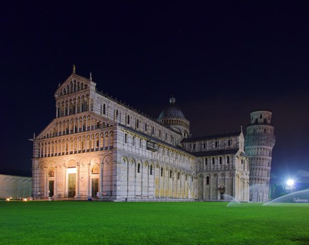 Pisa cathedral night 06 photo