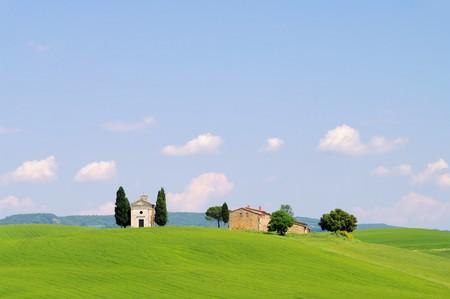 Tuscany chapel Stock Photo - 7471518