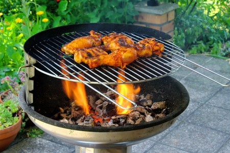 charcoal grill:  grilling chicken