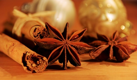 anis: cinnamon stick and star from anis 20 Stock Photo