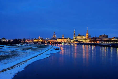 Dresden old town night 13 photo