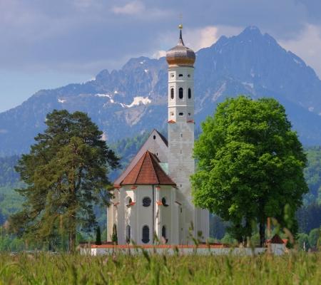 schwangau: St Colomann and meadow 02