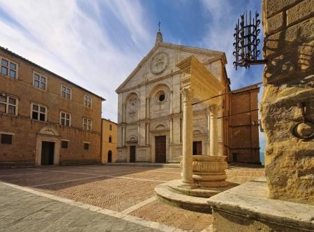 Pienza Kathedrale Standard-Bild - 25413176