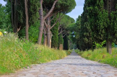 Rom Via Appia Antica Standard-Bild - 27125691