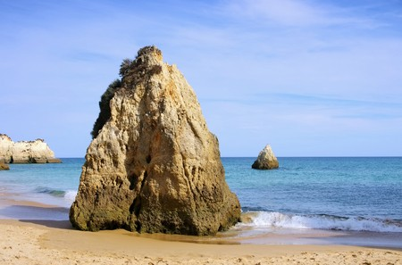 barlavento: Algarve beach Dos Tres Irmaos Stock Photo