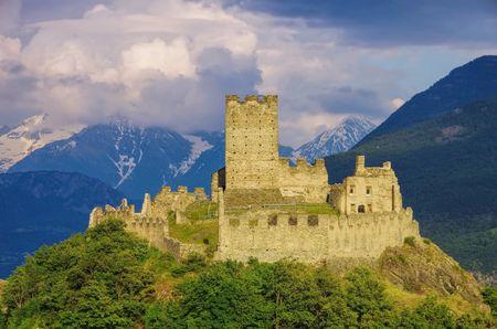 castello: Castello di Cly
