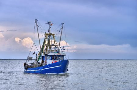 Cotre de pêche en mer du Nord Banque d'images - 43476330