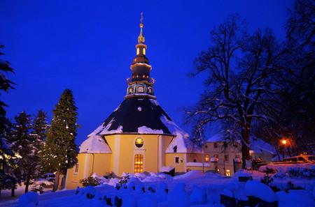 erzgebirge: Seiffen church in winter