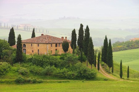 podere: Tuscany House in fog