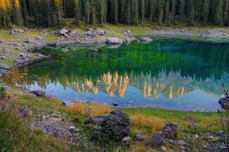 lago: Lago di Carezza in Dolomites