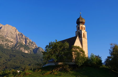 konstantin: the church St. Konstantin near mountain Schlern