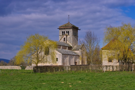 malay village: romanesque Malay church in Burgundy, France Stock Photo
