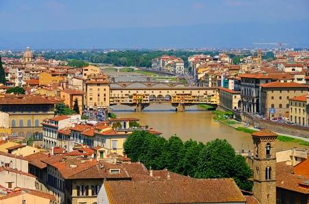 Ponte Vecchio Bridge, Florence cityscape, Italy