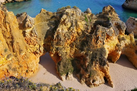 barlavento: Algarve beach Dos Tres Irmaos Stock Photo