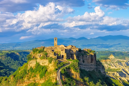 Civita di Bagnoregio, Lazio in Italy Stock Photo - 83287670