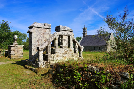 Chapelle ar Sonj church in Locronan, medieval village in Brittany, France Stock Photo