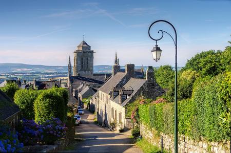 middeleeuws dorp van Locronan, Bretagne in Frankrijk Stockfoto
