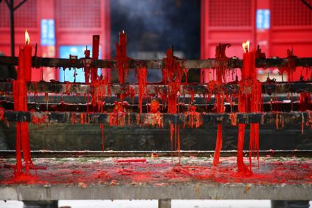 Temple candle 版權商用圖片