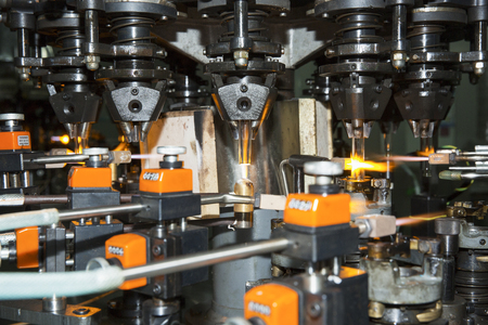 Glass manufacturing 版權商用圖片